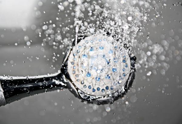 agua caliente sanitaria y baño